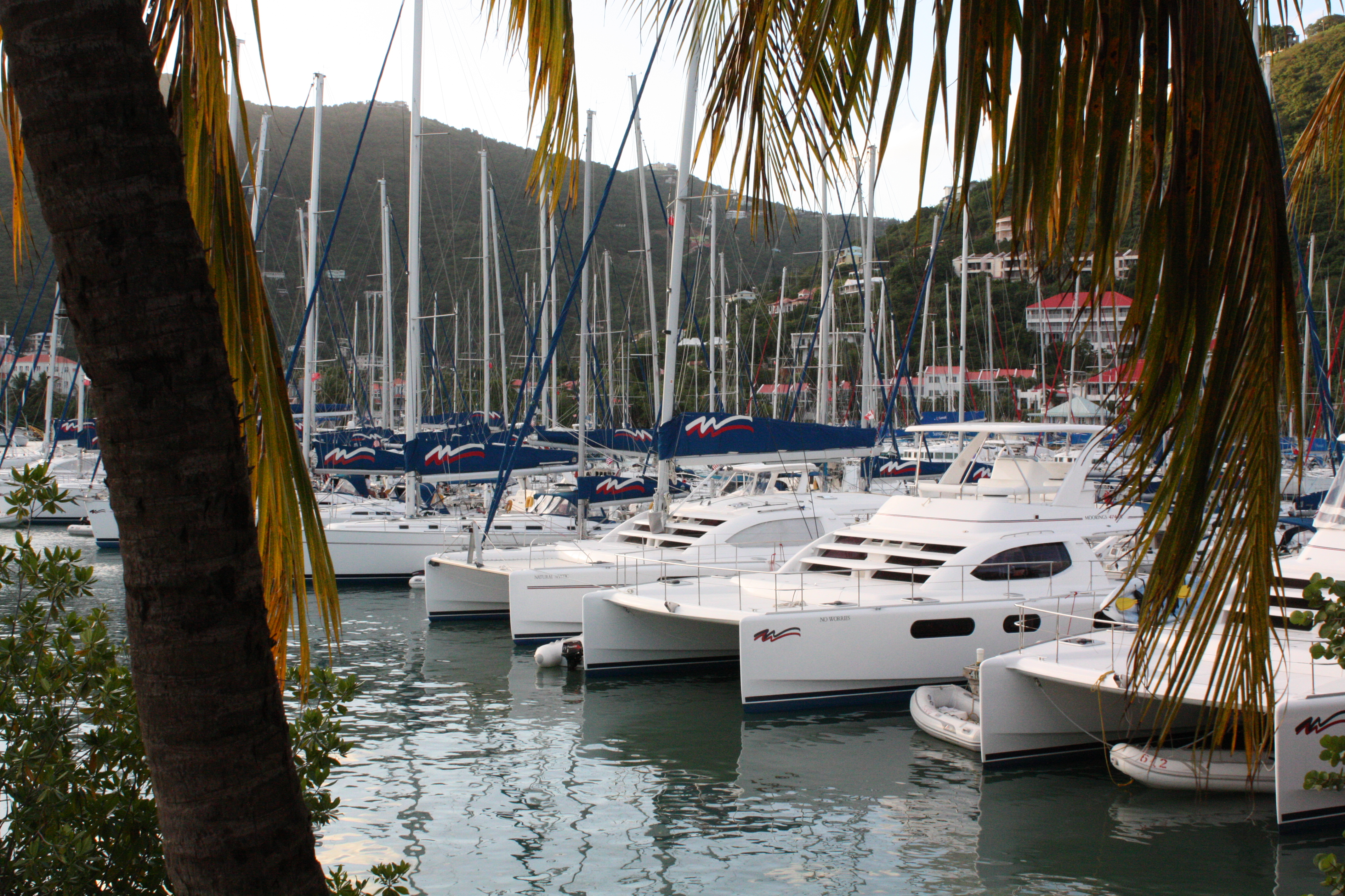 Sunsail 444 for sale - Choosing A Charter Boat Especially The First Time You Go To The Bvi Is Really Hard We Wrote Up A List Of All The Things You Should Consider When Choosing